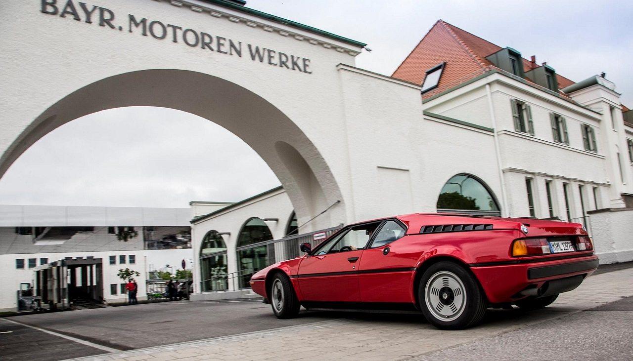Photo of BMW كلاسيك تعود إلى جذورها