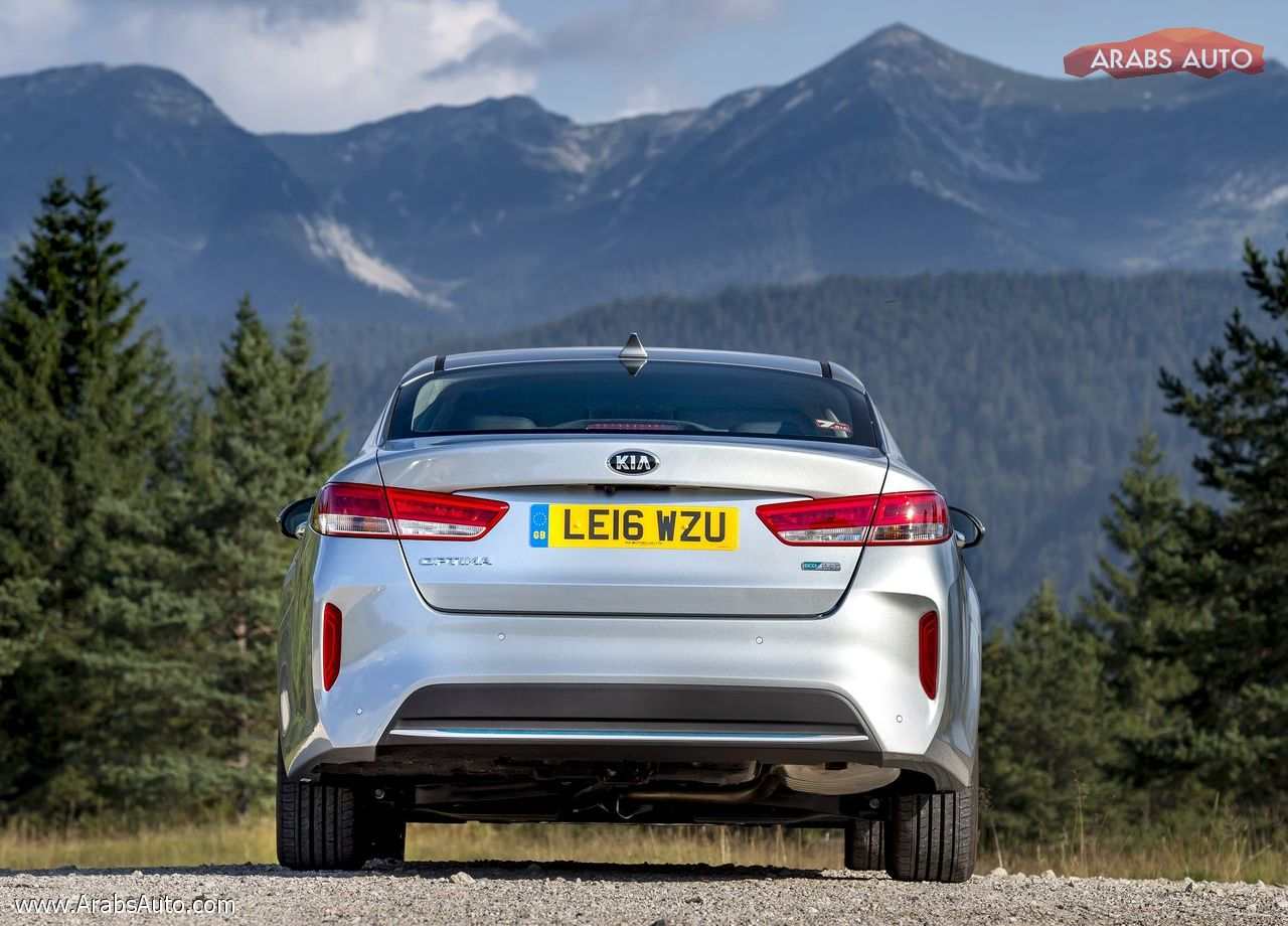 ArabsAuto Kia Optima PHEV [UK] (2017)   5