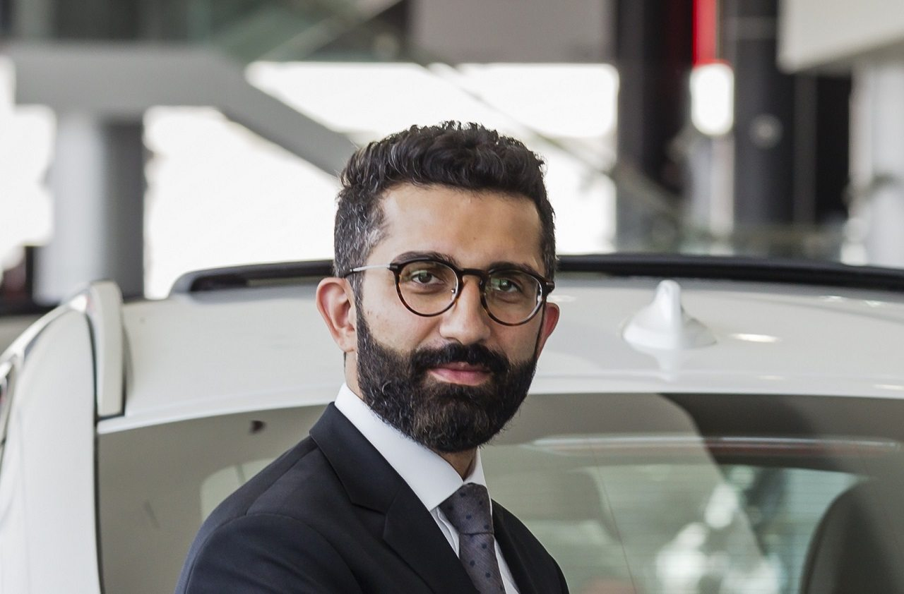 Photo of د. هاكباروار رئيس مبيعات وتسويق BMW في منطقة الشرق الأوسط