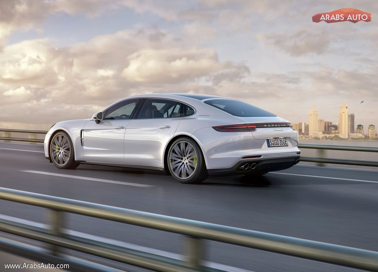 arabsauto-porsche-panamera-executive-2017-12