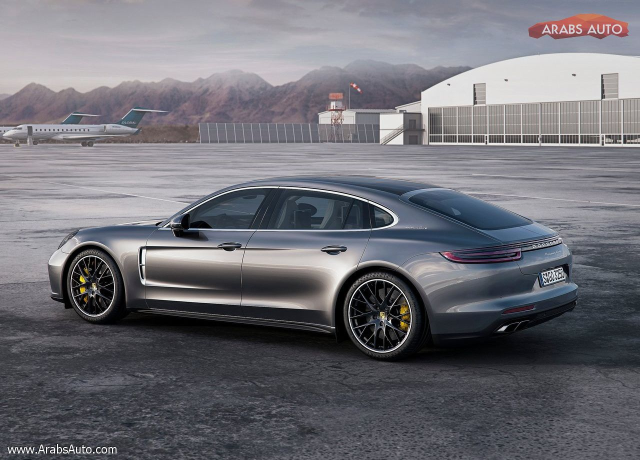 arabsauto-porsche-panamera-executive-2017-15