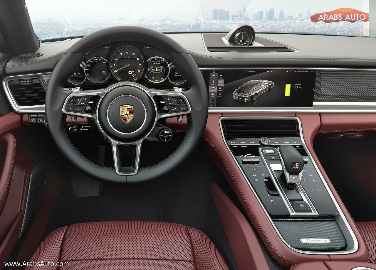 arabsauto-porsche-panamera-executive-2017-8