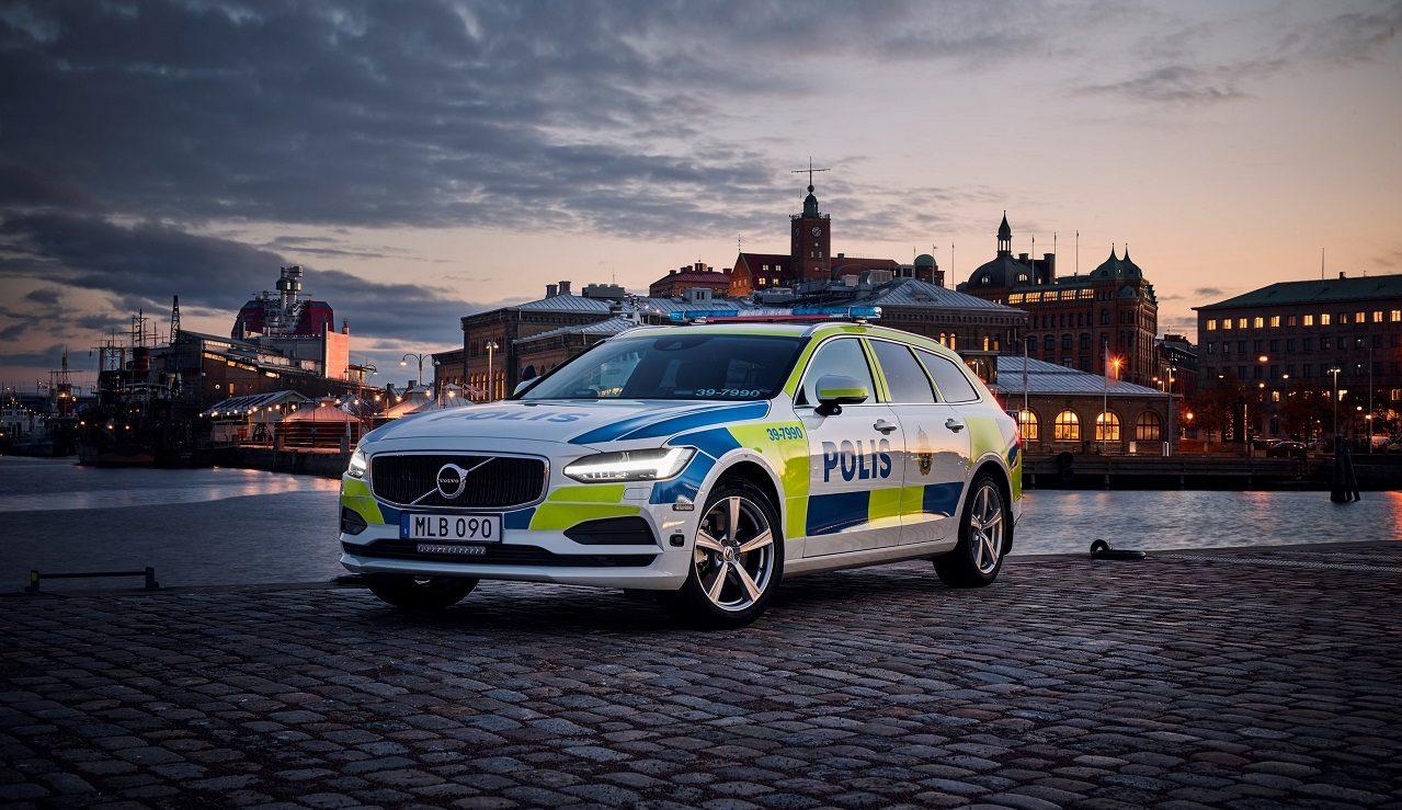 Photo of فولفو V90 في خدمة شرطة السويد