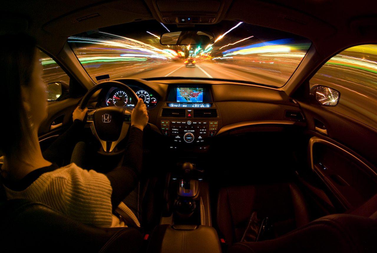 Photo of دراسة: العلاج بالضوء قد يجعل القيادة بعد نوبات العمل الليلية أكثر أمانا
