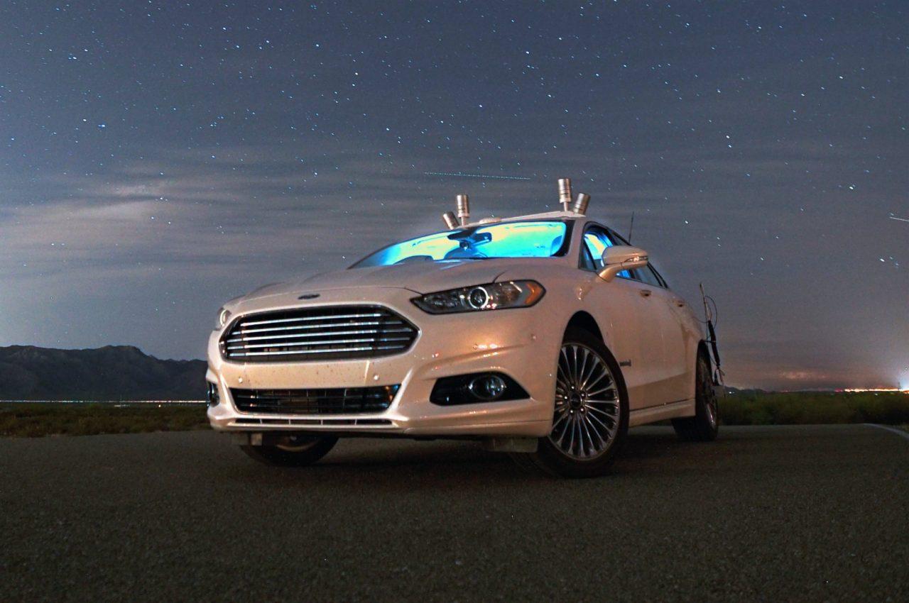Photo of فورد تستثمر مليار دولار لتطوير المركبات ذاتية القيادة