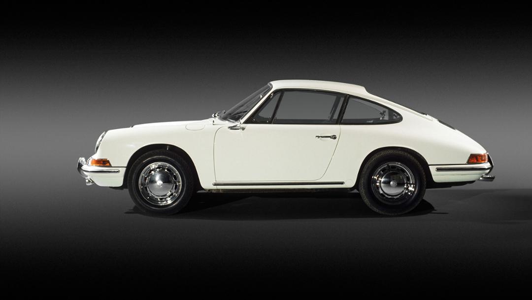 بورشه 911: قصة سيارة رياضية بتقنية ألمانية | Arabs Auto