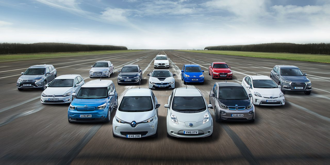 Photo of للمرة الأولى في التاريخ: مبيعات السيارات الكهربائية تتفوق على العاملة بالوقود الأحفوري
