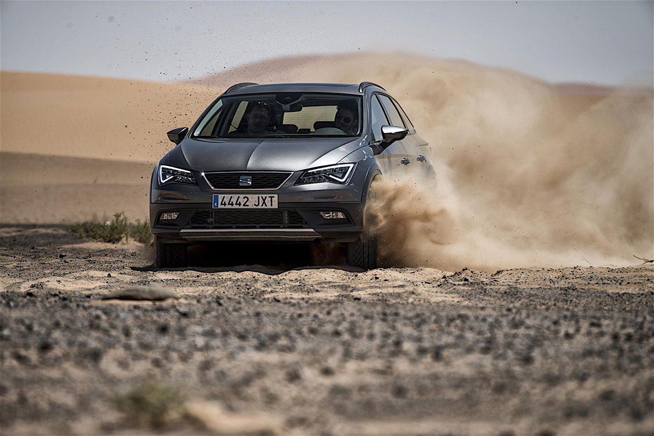 اختبار سيات ليون X-Perience في الصحراء الجزائرية والمغربية