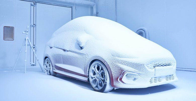 Photo of تساقط الثلج في يوليو أو موجة من الحرّ الشديد في عيد الميلاد؟ معمل فورد للأحوال الجوية يُحاكي كافة الأجواء في أيّ وقت