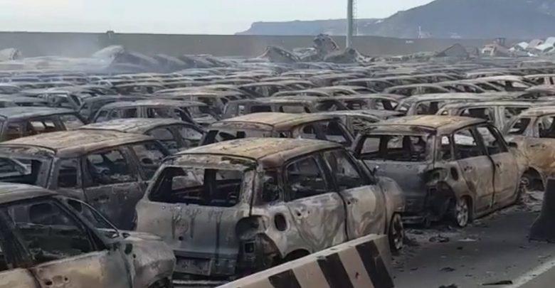 Photo of فيديو: حريق هائل يدمر سيارات مازيراتي وفيات القادمة للشرق الأوسط