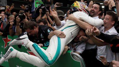 Photo of خمسة ألقاب متتالية لمرسيدس في الفورمولا 1 واقتراب من صاحب اللقب