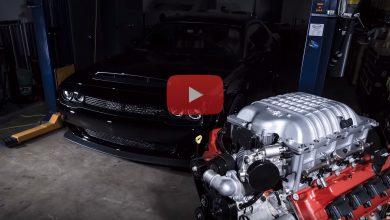 Photo of فيديو: شاهد بناء محرك هيمي بقدرة 840 حصانًا