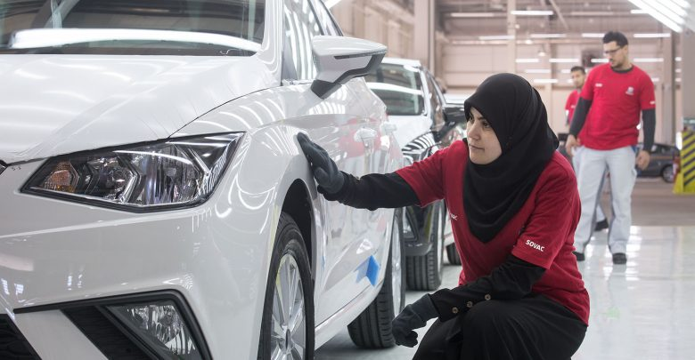 Photo of فيديو: خط تجميع سيات إيبيزا في الجزائر