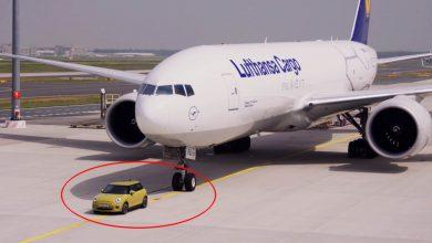 Photo of سيارة ميني الكهربائية قادرة، و تستطيع سحب طائرة!