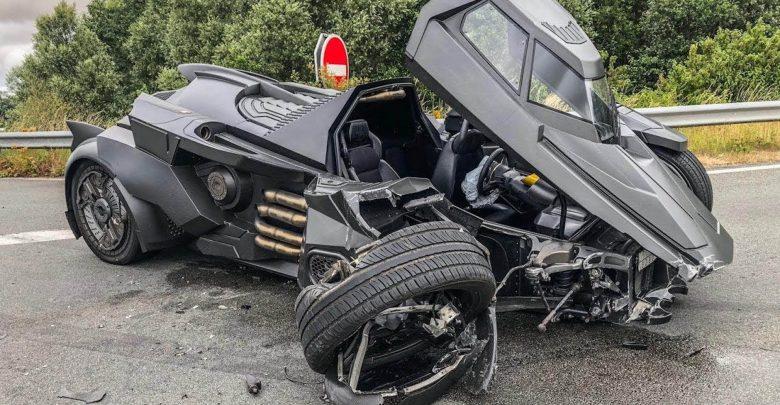Photo of سيارة الرجل الوطواط تتحطم في فرنسا