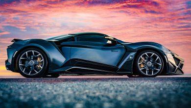 "Photo of ثري ياباني يشتري خمس سيارات ""دبليو موتورز"" رياضية خارقة!"