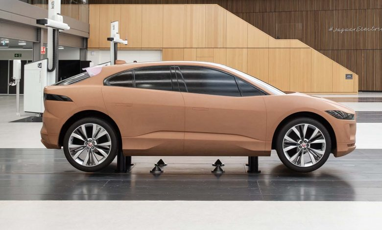 Photo of جاكوار تفتتح ستوديو غير عادي لسيارات مُستقبلية غير عادية!