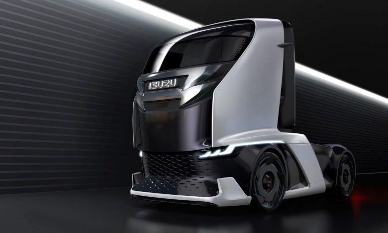 Photo of إيسوزو FL-IR تستطيع قيادة قافلةَ شاحناتٍ مُستقبلًا