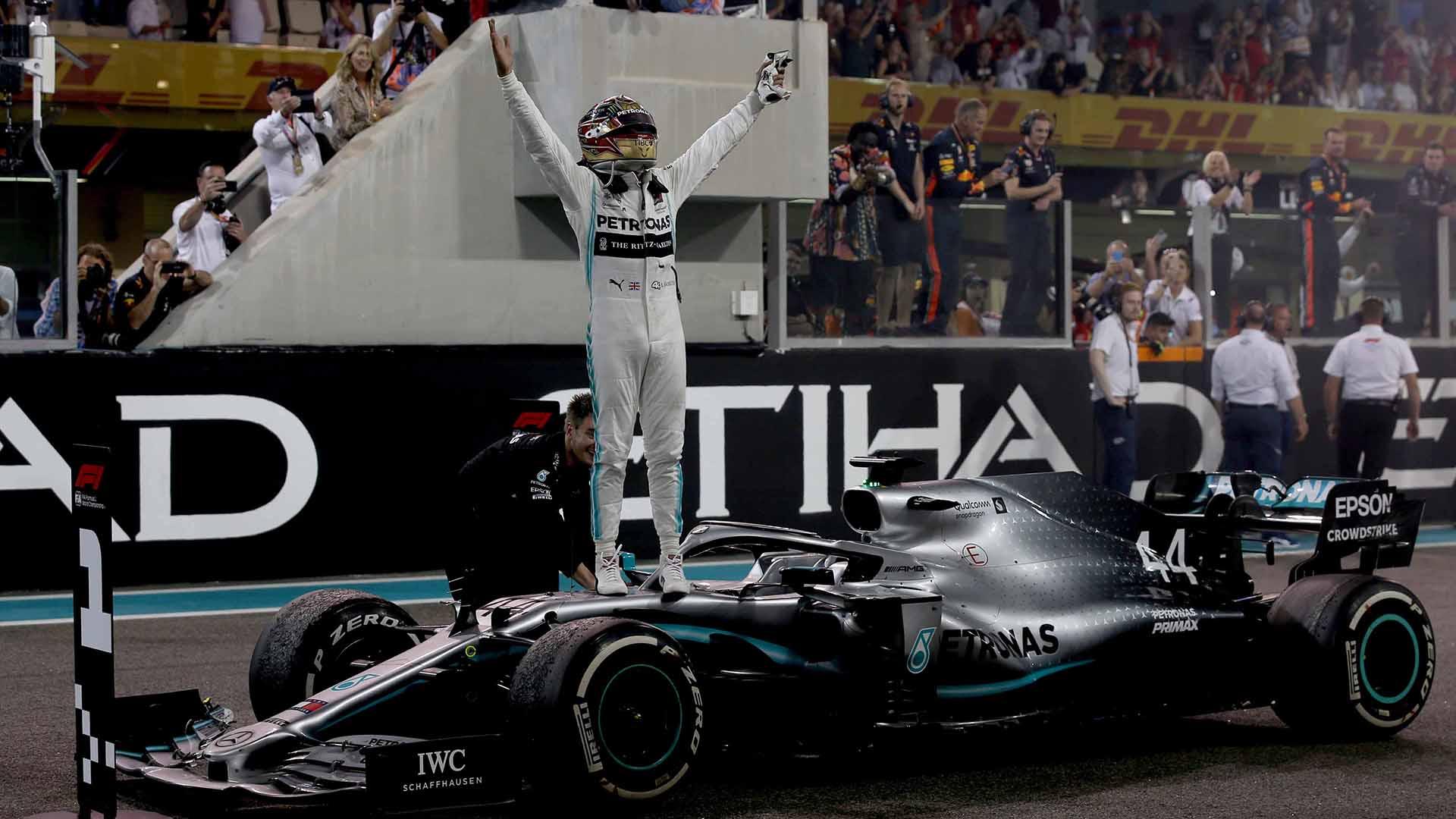 Photo of هاميلتون وانتصار سهل في جائزة الاتحاد للطيران الكبرى للفورمولا 1